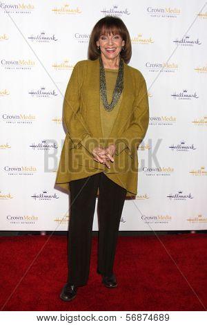 LOS ANGELES - JAN 11:  Valerie Harper at the Hallmark Winter TCA Party at The Huntington Library on January 11, 2014 in San Marino, CA