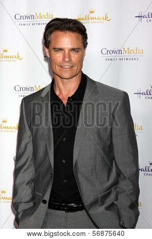 LOS ANGELES - JAN 11:  Dylan Neal at the Hallmark Winter TCA Party at The Huntington Library on January 11, 2014 in San Marino, CA