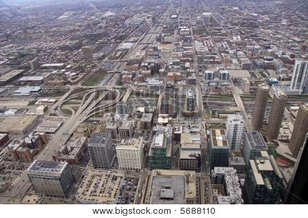 Aerial view of buildings in Chicago downtown area