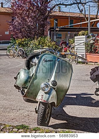 Vintage Italian Scooter Vespa