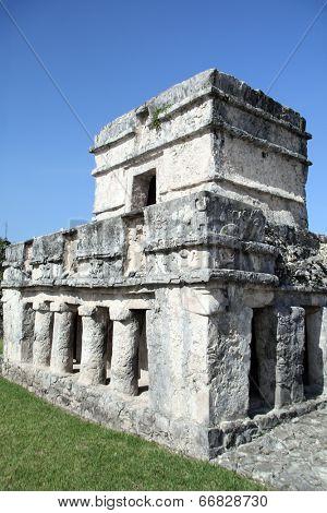 Ancient Mayan ruins at Tulum, Yucatan, Mexico