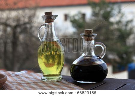 Oil olive and soy sauce