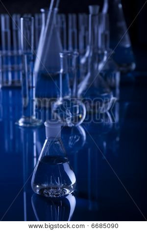 Laboratory Glassware / Scient