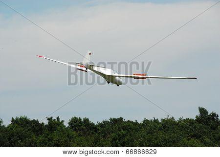 Glider on landing