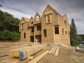 image of 2x4  - A single family home under construction - JPG