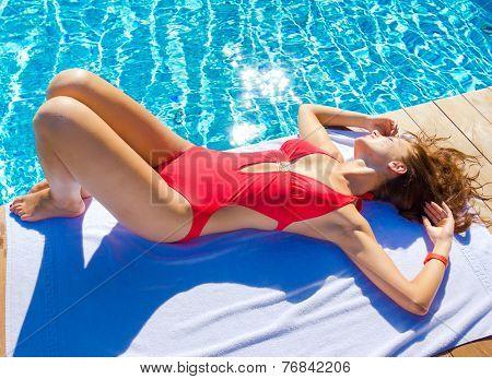 Babe Model Pool