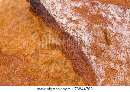 Crackling white bread.