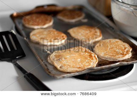 Apple Pancakes Cooking