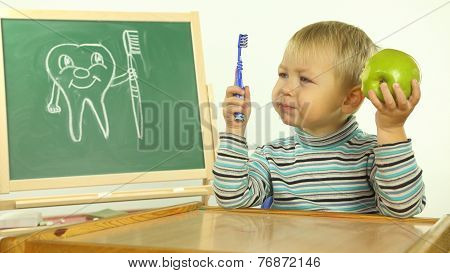 funny kid teaches dental hygiene