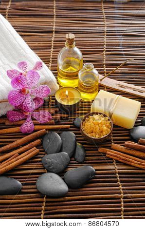 Spa set with cinnamon and stones, soap on mat
