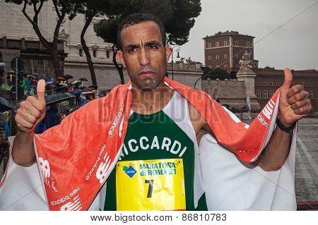 Jamel Chatbi Winner Of Third Place At 21 Rome Marathon