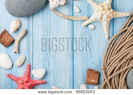 Summer time sea vacation background with star fish and marine rope