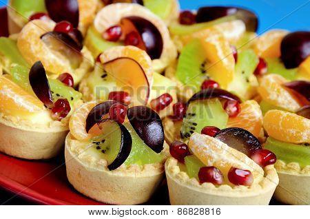 Mini Tartes With Fruit