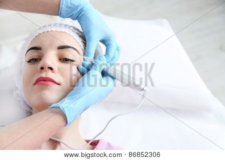 Permanent make-up (tattoo) at beauty salon