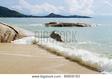 Seascape, morning on  Lamai Beach,Koh Samui, Thailand.