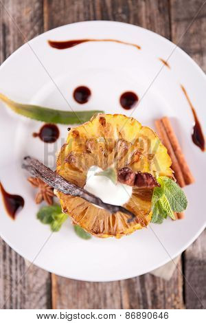 pineapple dessert and spices