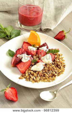 Fresh strawberries yogurt and homemade granola