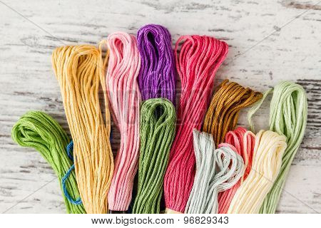 Multicolor Threads For Embroidery