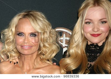 LOS ANGELES - JUL 24:  Kristin Chenoweth, Dove Cameron at the