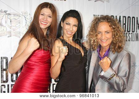 LOS ANGELES - JUL 23:  Carolin Von Petzholdt, Crystal Santos, Ursel Walldorf at the