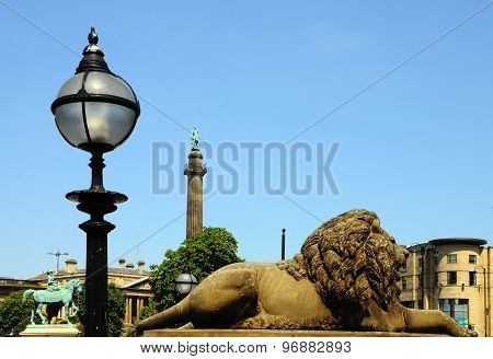 Lion statue, Liverpool.
