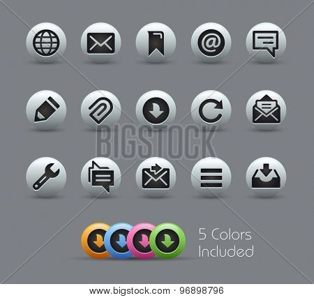 Messages Icons // Pearly Series ----- The Vector file includes 5 color versions for each icon in different layers -----