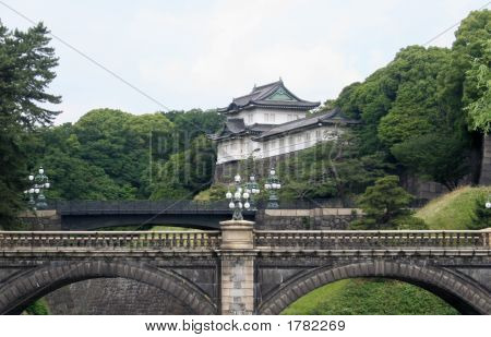 Japan'S Imperial Palace