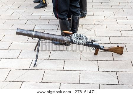 First World War Weapon Lewis