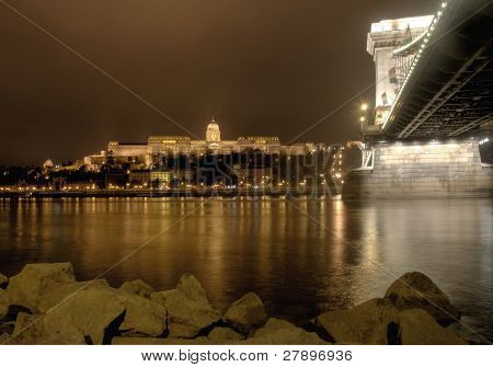budapest chain bridge and castle at night