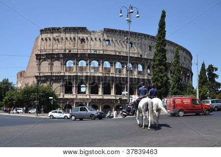 Horses in front of Colosseum