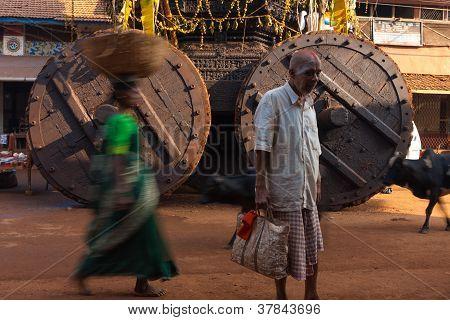 Large Ratha Chariot Wheels Painted Man Gokarna