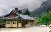 picture of seoraksan  - Seoraksan Buddhist temple in South Korea at summer - JPG