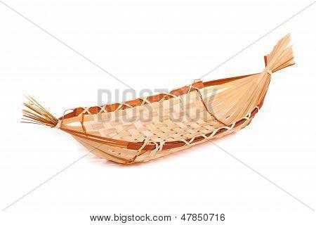 Decorative boat for bread, wickerwork