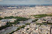 Постер, плакат: Вид с воздуха на Сены от Эйфелевой башни Париж Франция