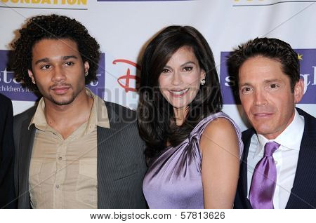 Corbin Bleu with Teri Hatcher and Dave Koz  at the Starlight Children's Foundation's 'A Stellar Night' Gala. Beverly Hilton Hotel, Beverly Hills, CA. 03-27-09