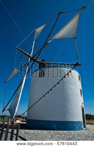 Sesimbra Windmill