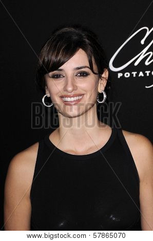 Penelope Cruz at the Chopin Outstanding Performer of the Year Presentation. Arlington Theatre, Santa Barbara, CA. 01-24-09