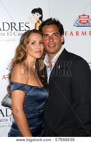 Angelica Castro and Cristian De La Fuente  at the 8th Annual Padres Contra El Cancer's 'El Sueno De Esperanza' Benefit Gala. Hollywood and Highland Grand Ballroom, Hollywood, CA. 10-07-08