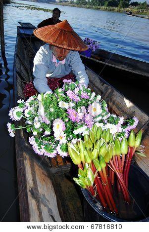 Floating Market In Inle Lake,Myanmar.