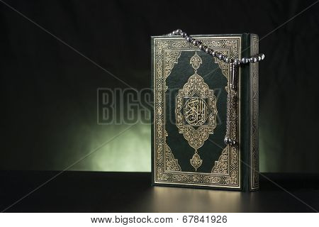 Islamic Holy Book And Subha