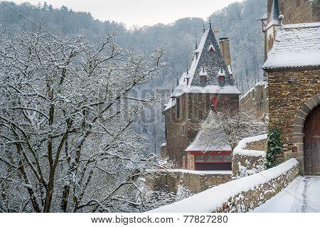 Burg Eltz towers