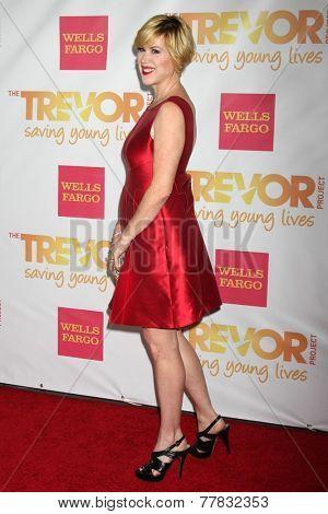LOS ANGELES - DEC 7:  Molly Ringwald at the