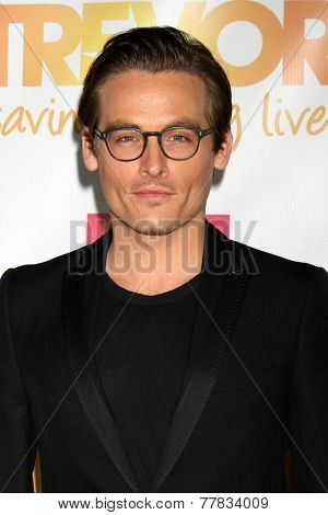 LOS ANGELES - DEC 7:  Kevin Zegers at the
