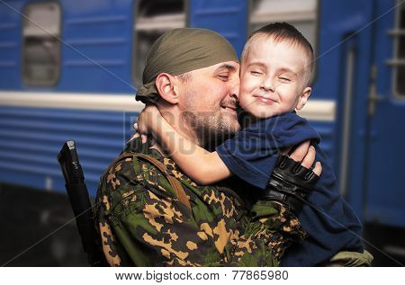 son's meeting with the father who came back from war