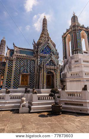 Hor Phra Khanthara Rat Building
