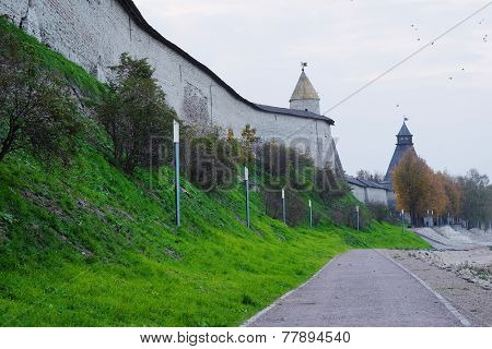 image of a wall with tower in Pskov Krom (Kremlin), Russia