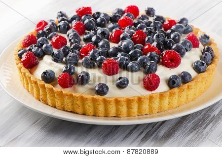 Cake With Cream Cheese And Fresh Berries.