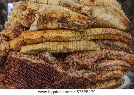 Honeycomb On Ceramic Plate
