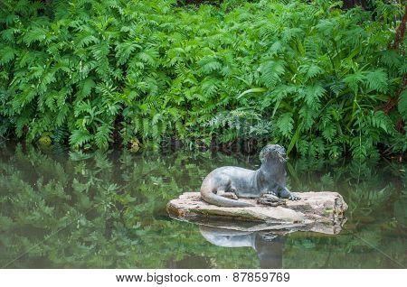 Sculpture Of An Otter
