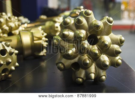 Brand New Golden Oil Rig Drill Bit Detail